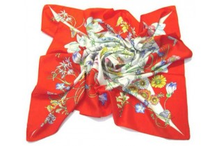 Foulard con motivi floreali - 90x90