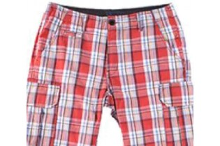 Short with big pockets