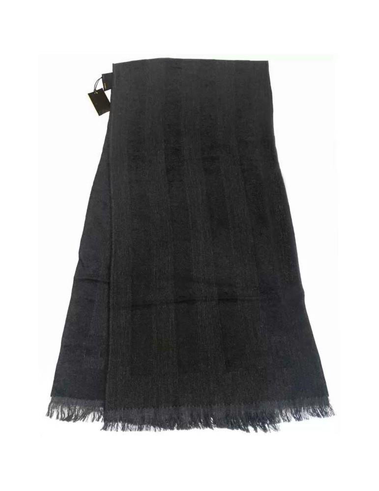 Sciarpa in lana Fendi 35X160 cm ideale alleata invernale sciccosa e versatile