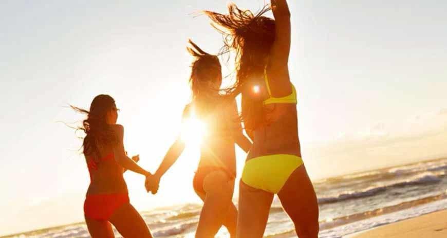 Will you choose a bikini or one piece swimsuit?